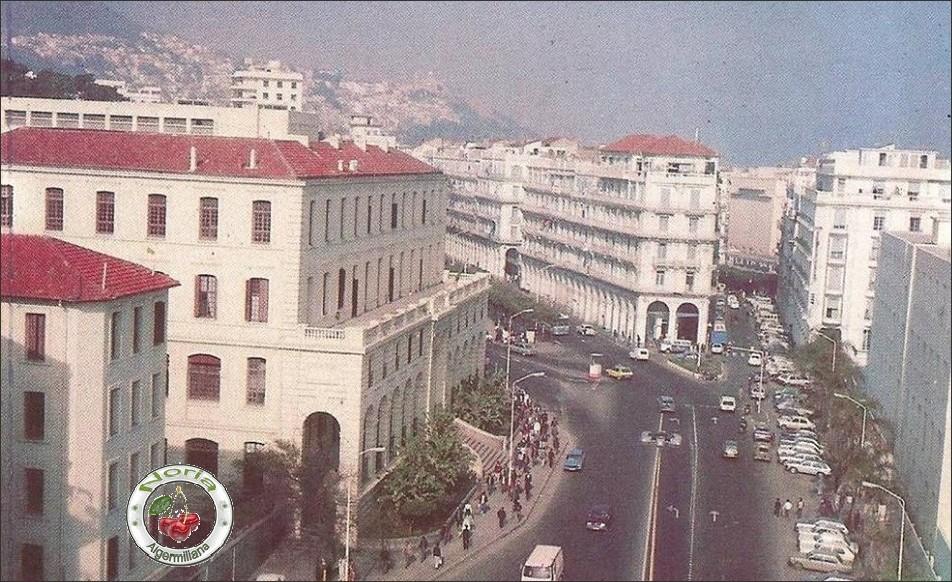La place Bab-El-Oued