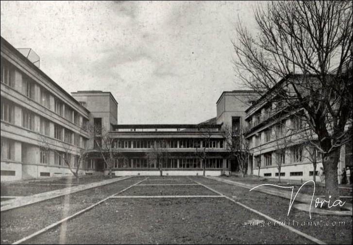 Jardin de l'hôpital/ 1934