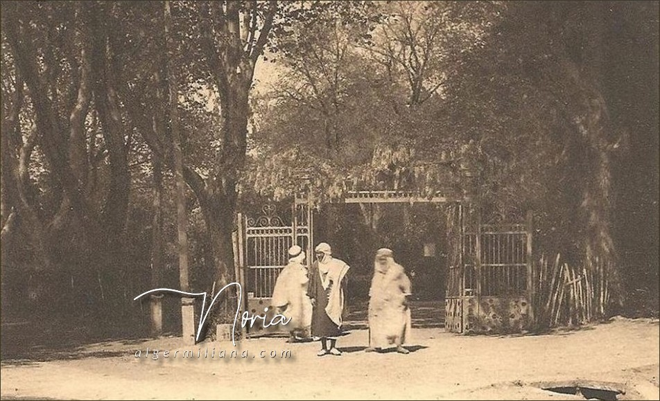 L'entrée du Jardin
