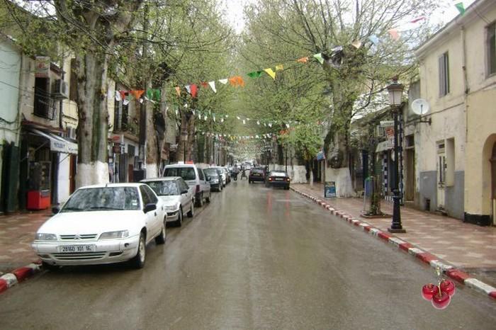 La Rue Emir Aek (ex Saint Paul)