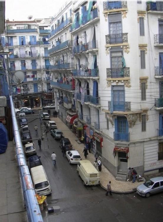 0215 5 rue lestienne balcon vers av de la marne 1