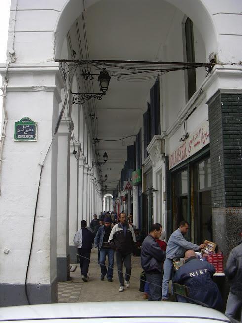 Rue Eugène Robe, café Soler