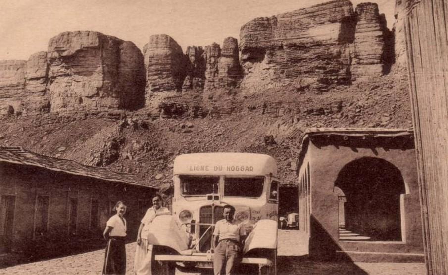 168107 cpa algerie tamanrasset 1938 ligne du hoggar autocar renault